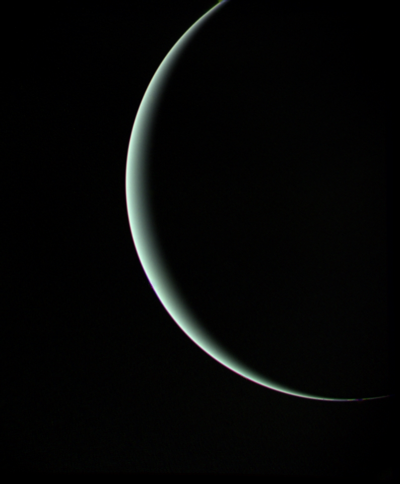 uranus_final_image-voyager-2-on-its-way-to-neptune