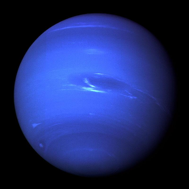 voyager-2-4-million-miles-away-great-dark-spot